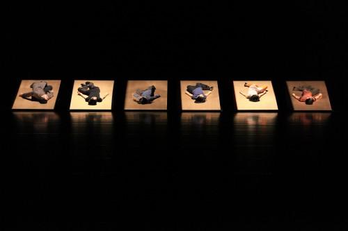 勅使川原三郎「鏡と音楽」ゲネ・新国立劇場09'9,24 230